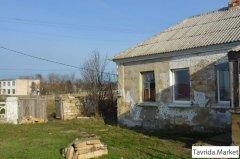 земельный участок с домом под снос (реконструкцию)