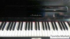 """Пианино """"Заря""""."""