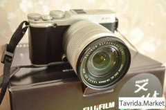Fujifilm X-A1 +16-50 VR.