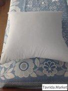 перьевые подушки, новые.