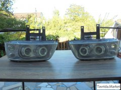 Две оригинальные передние ксеноновые-линзовые фары от Volkswagen Multivan T5.