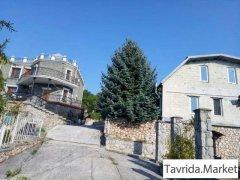 Дом 320 м² на участке 25 сот.