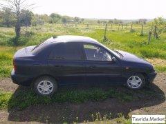 Chevrolet Lanos 1 поколение, седан 4 дв.