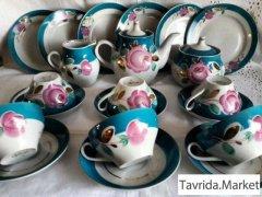 Единственный чайный сервиз Агашки Дулево