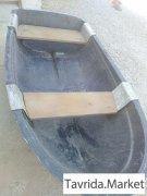 Лодка весельная