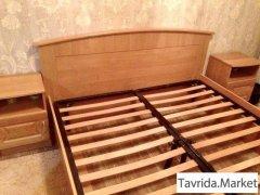 Кровать + 2 тумбочки