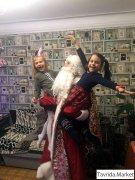 Дед Мороз и Снегурочка надом. Бахчисарай