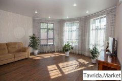 Дом 248 м² на участке 16,7 сот.