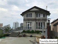 Дом 292 м² на участке 7 сот.